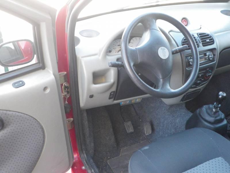 occasion voiture sans permis jdm abaca rouge a aix en. Black Bedroom Furniture Sets. Home Design Ideas